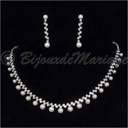 Charme, parure bijoux